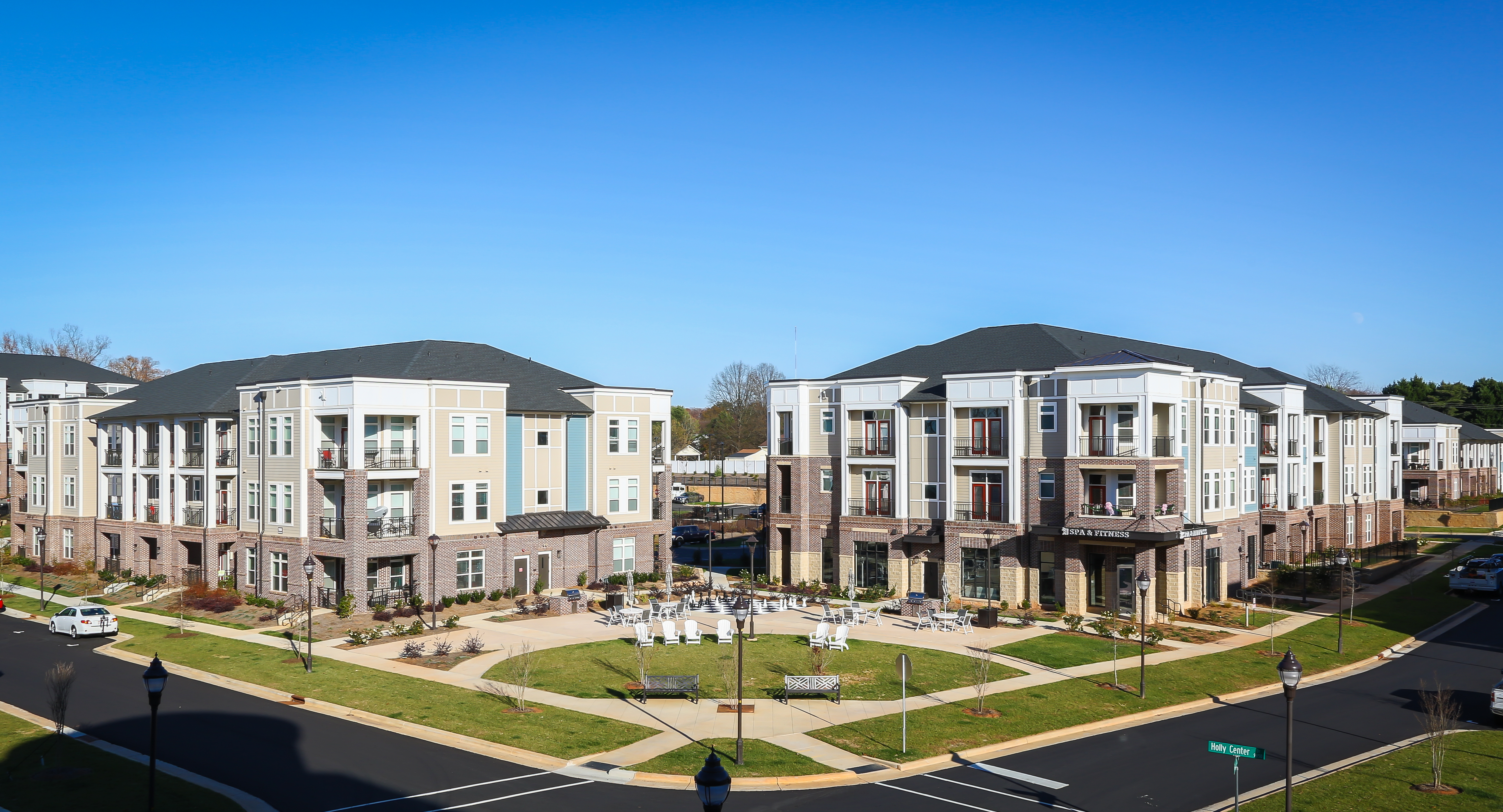 Holly Crest Apartments a Northwood Ravin Signature Community