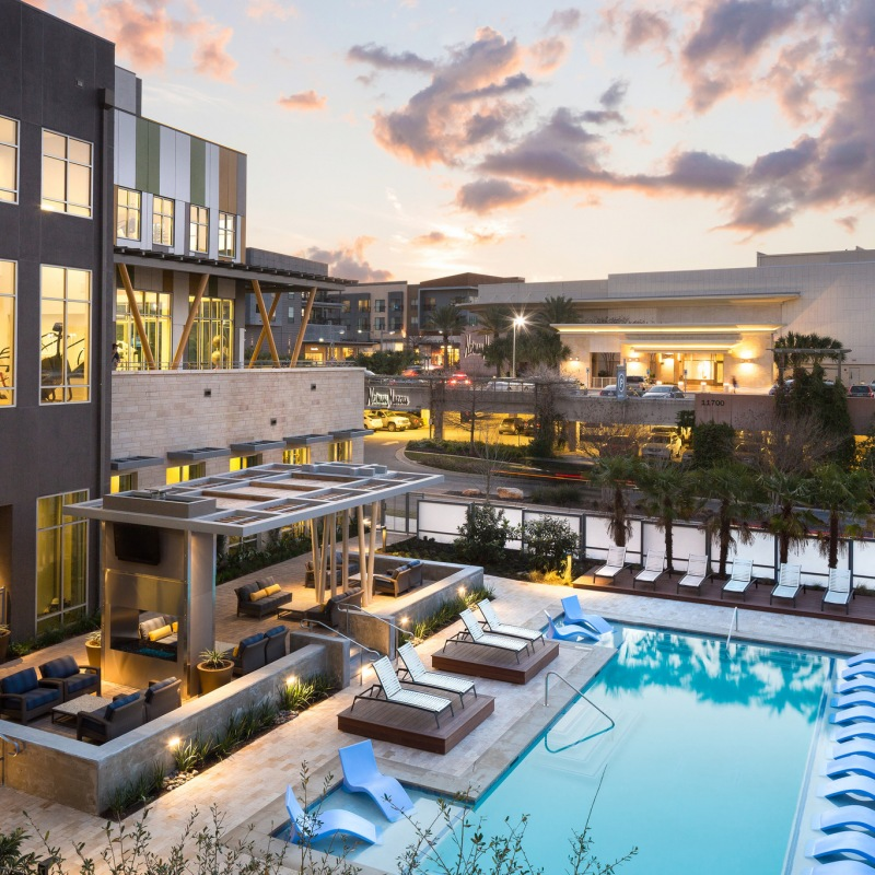 Luxury Apartment Community Management Company
